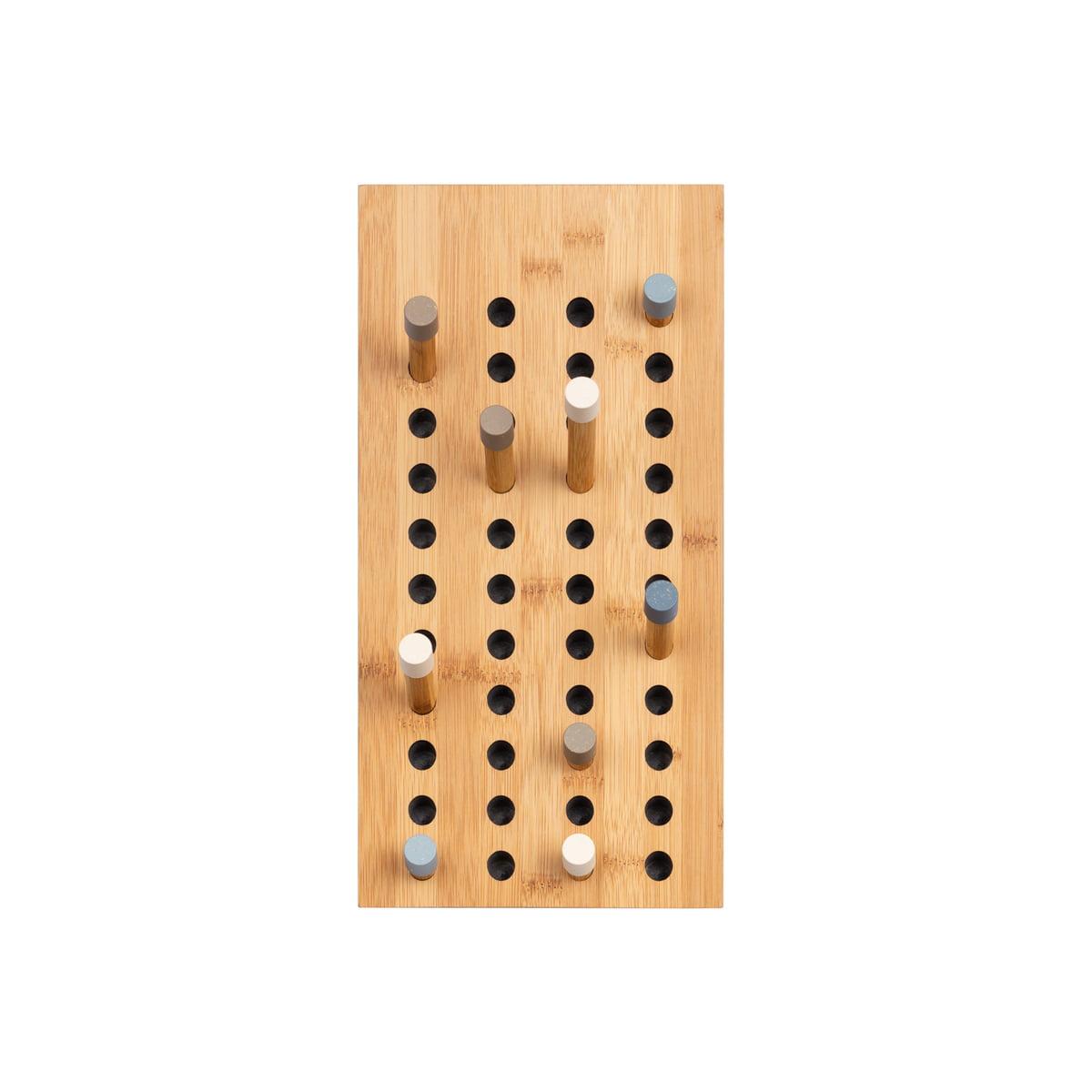 we do wood scoreboard garderobe aus holz. Black Bedroom Furniture Sets. Home Design Ideas