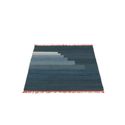 Another Rug AP1 Teppich, 90 x 140 cm von &Tradition in Gewitterblau