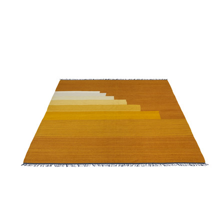 Another Rug AP3 Teppich, 170 x 240 cm von &Tradition in Yellow Amber