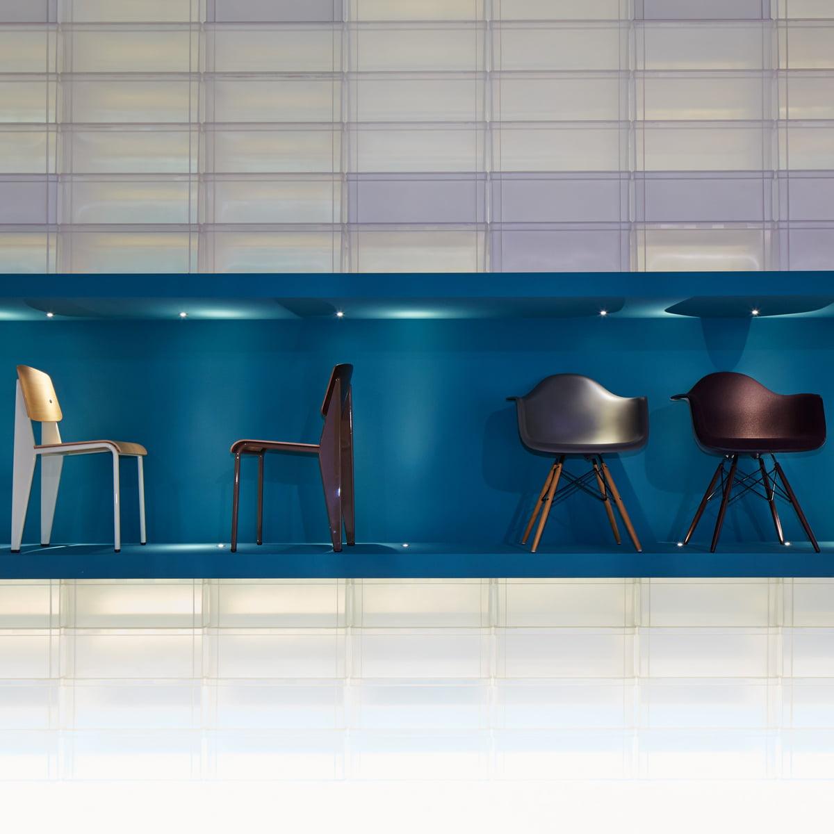 Eames daw stuhl von vitra im wohndesign shop for Eames plastic armchair gunstig