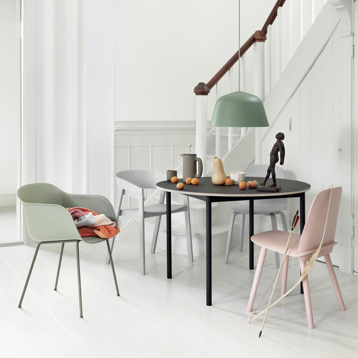 base table von muuto connox. Black Bedroom Furniture Sets. Home Design Ideas