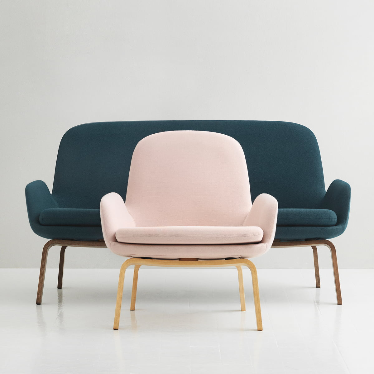Era sofa von normann copenhagen im shop for Barhocker normann copenhagen