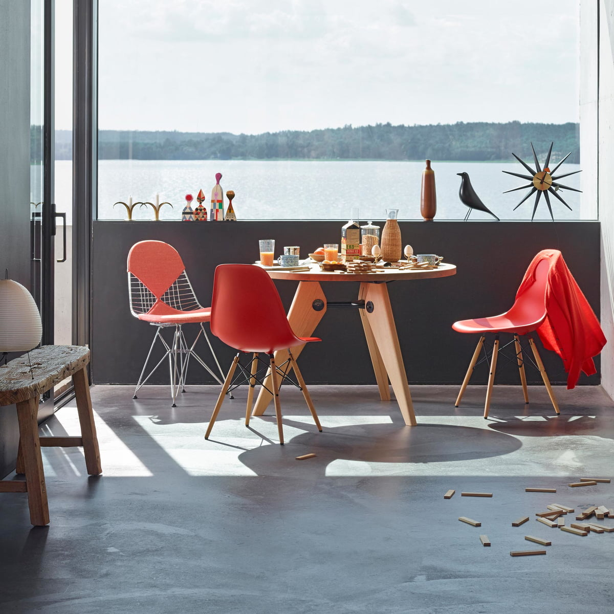 eames plastic side chair dsw connox. Black Bedroom Furniture Sets. Home Design Ideas