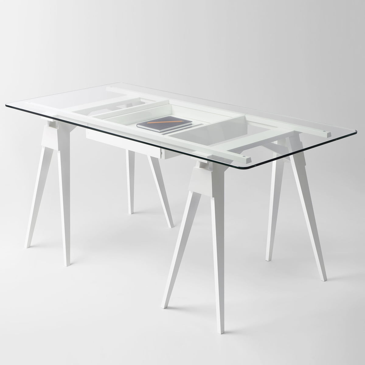 Arco tischb cke von design house stockholm for Schreibtisch design klein