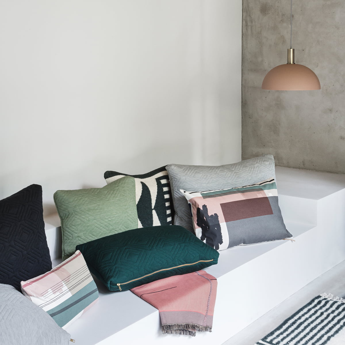 Colour Block Kissen Small von ferm Living