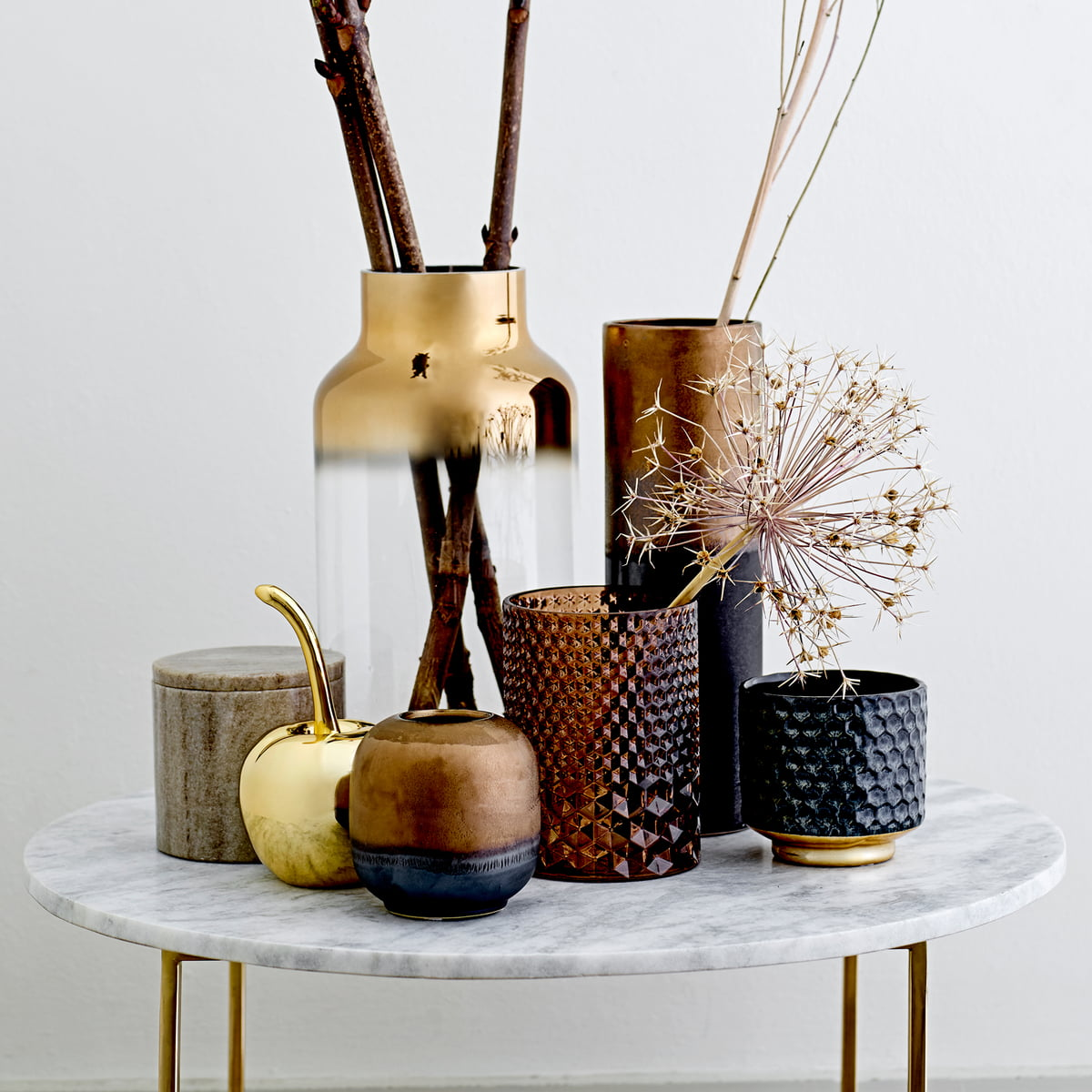 deko kirsche von bloomingville connox shop. Black Bedroom Furniture Sets. Home Design Ideas