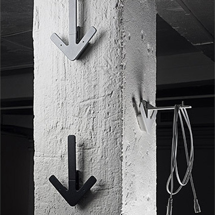 Design House Stockholm - Arrow Hanger