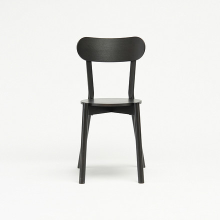 Der Karimoku New Standard - Castor Chair in schwarz