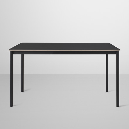 Der Base Table in schwarz von Muuto