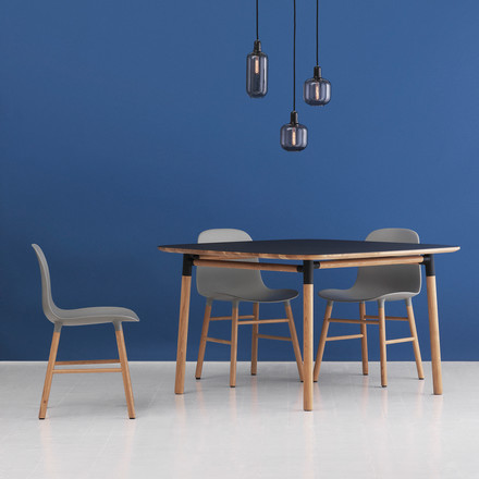 Form Table 120 x 120 cm von Normann Copenhagen