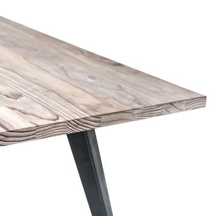 Lignia Dining Table von Mater