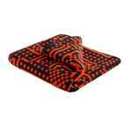 Zuzunaga - Route Black and Red / Orange Handtuch, 50 × 100 cm