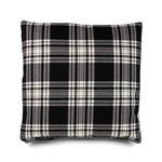 e15 - CU06 Nima Wurfkissen 40 x 40 cm Tartan, Menzies Black and White