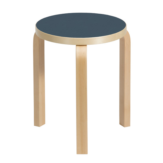 60 Hocker Nordic Winter Edition 2016 von Artek in Blau