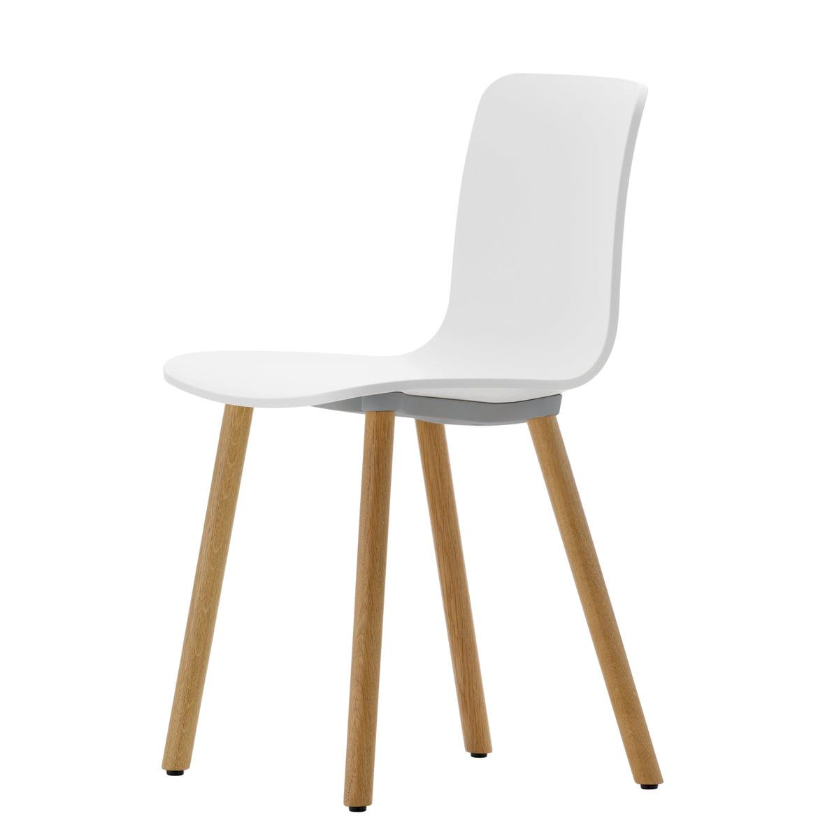 Vitra - Hal Wood Stuhl, weiß / Eiche hell / Kunststoffgleiter | Küche und Esszimmer > Stühle und Hocker > Holzstühle | Weiß | Vitra