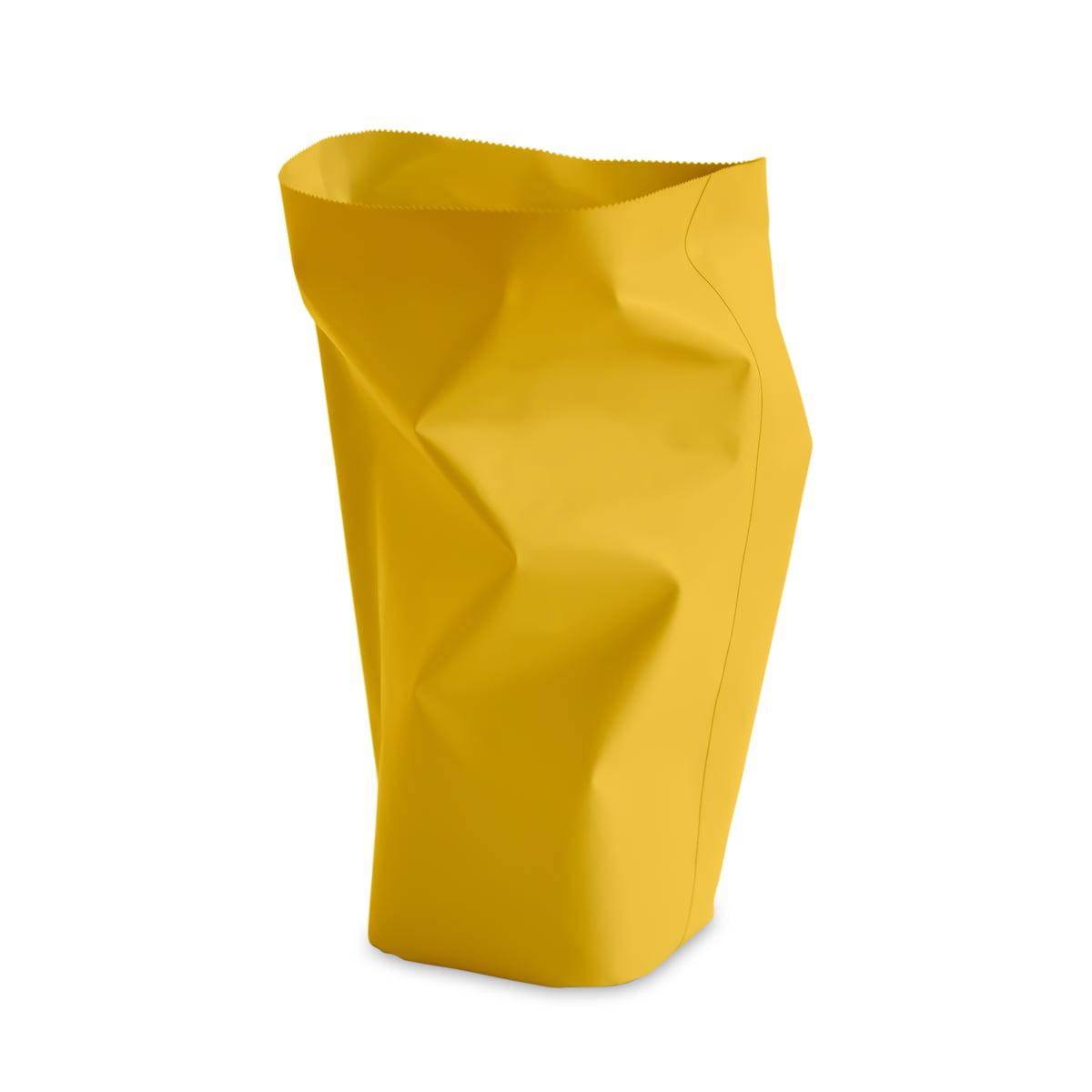 L und z roll up papierkorb l zitrone freisteller