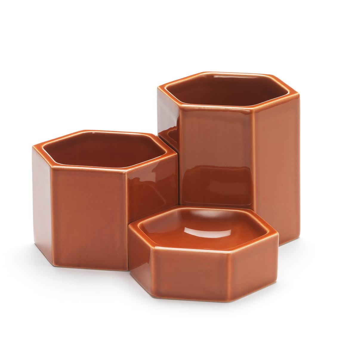 Vitra - Hexagonal Containers, rostorange (3er-Set)   Büro > Büroschränke > Container   Rostbraun   Keramik   Vitra