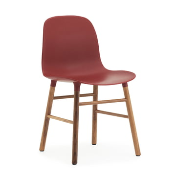 Form Chair von Normann Copenhagen in Rot und Walnuss