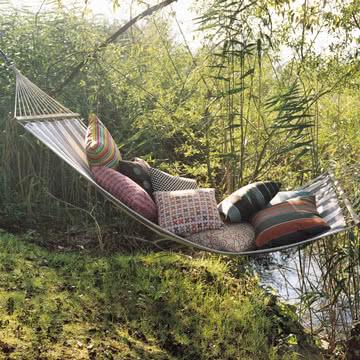vitra kissen checker. Black Bedroom Furniture Sets. Home Design Ideas
