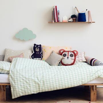 shelf hangers regalsystem von ferm living. Black Bedroom Furniture Sets. Home Design Ideas