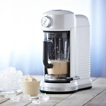 KitchenAid - Artisan Magnetic Drive Blender, frosted pearl